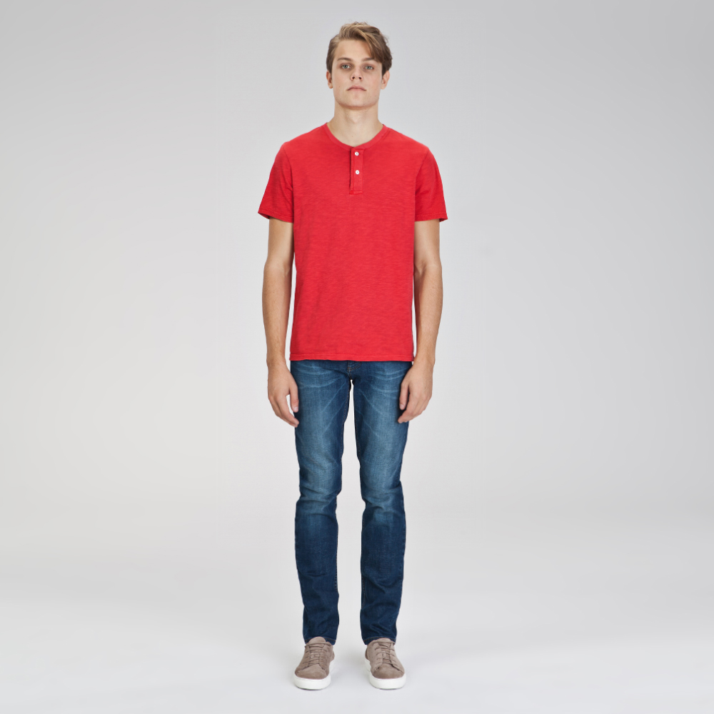 DÜĞMELİ BASIC T-SHIRT