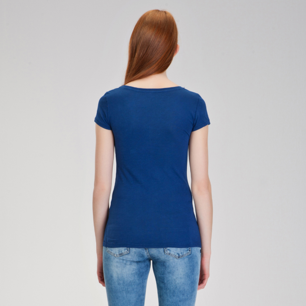 GENİŞ YAKA BASIC T-SHIRT